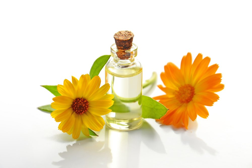 aromatherapy-bottle-bright-932587.jpg