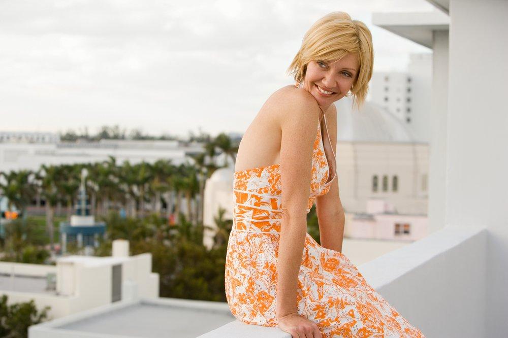 40 Stylish Sundress Women Over 50 Will Love