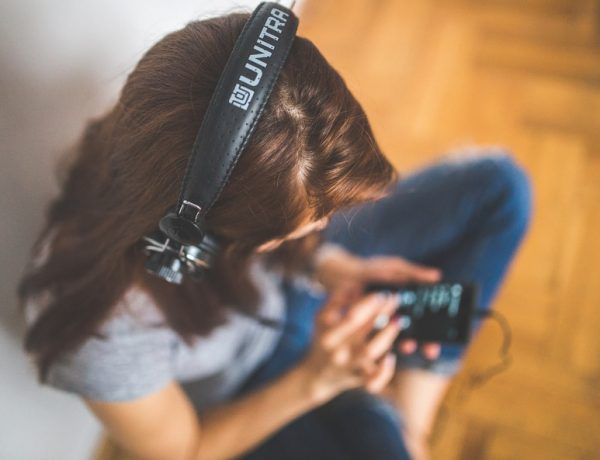 6 Podcasts You Need to Check Out (Besides Serial)