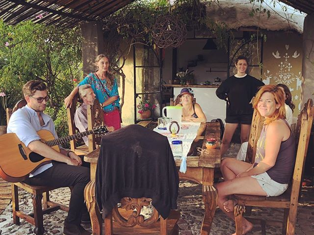 Relaxing on Sunday. . . Before our last gathering in the teepee hosted by Arleta. . #meditation #hypnosis #pastliferegression #mysteryschoolinmexico