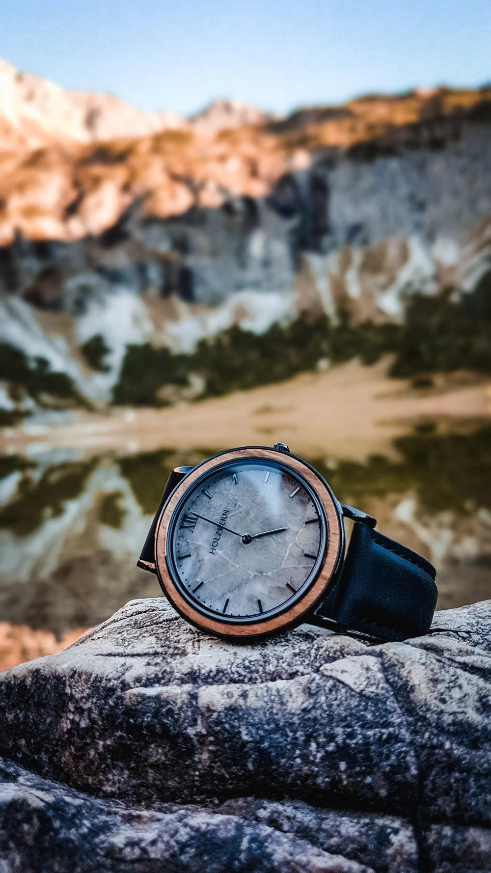 Gaisalpsee Holzkern Uhr-170251.jpg