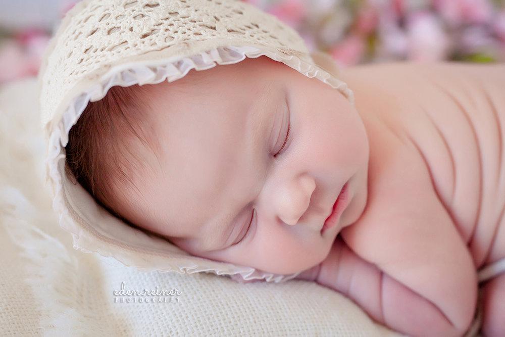 Shevlin.newborn-15sm.jpg