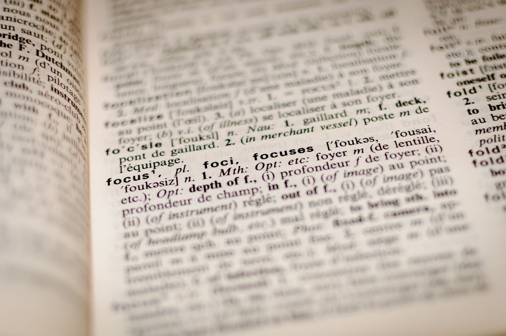 dictionary-1149723_1920.jpg