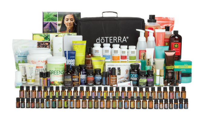 DIAMOND KIT - YOU GET EVERYTHING IN THE EVERY OIL KIT PLUS:doTERRA  ON GUARD® COLLECTION: • Beadlet • Cleaner Concentrate • Protecting  Throat Drops • Laundry Detergent • Foaming Hand Wash w/2 dispensers •  Toothpaste • doTERRA On Guard® + Softgels • doTERRA On Guard® Sanitizing  Mist • Mouthwash.WELLNESS: •  doTERRA Lifelong Vitality Pack® • DDR Prime® Softgels • Deep Blue  Polyphenol Complex® • DigestTab® • Mito2Max® • DigestZen® Softgels • PB  Assist®+ • GX Assist® • DigestZen TerraZyme® • Zendocrine® Complex •  TrimShake (Vanilla) • TerraGreens® • TriEase® Softgels • doTERRA  Breathe® Vapor Stick • Copaiba Softgels • doTERRA Breathe® Respiratory  Drops • doTERRA Serenity™ Restful Complex Softgels.doTERRA SALON ESSENTIALS®: •  Protecting Shampoo • Smoothing Conditioner • Healthy Hold Glaze • Root  to Tip Serum doTERRA SPA: • Bath Bar • Lip Balm-Tropical • Lip  Balm-Herbal • Lip Balm-Original • Hand & Body Lotion • Body Butter •  Citrus Bliss Hand Lotion • Mud Mask.PERSONAL CARE: • Correct-X® • Reveal Facial System • Veráge™ Skin Care Collection • Deep Blue® Rub • Peppermint Beadlet • Balance Deodorant.ACCESSORIES: • Dram Sample Vials (12 vials) • doTERRA Essentials Booklet • Rigid Oil Briefcase€2305.50 / ~ Save €576.35 and receive 400 product credits and start at 25% rewards!