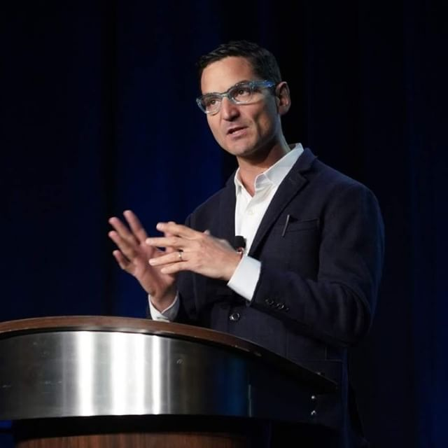 Drawing from lessons learned over 20 years, @NPR's @guyraz shares with #CLOsym his wisdom on leadership, creativity, wonder and the importance of storytelling.