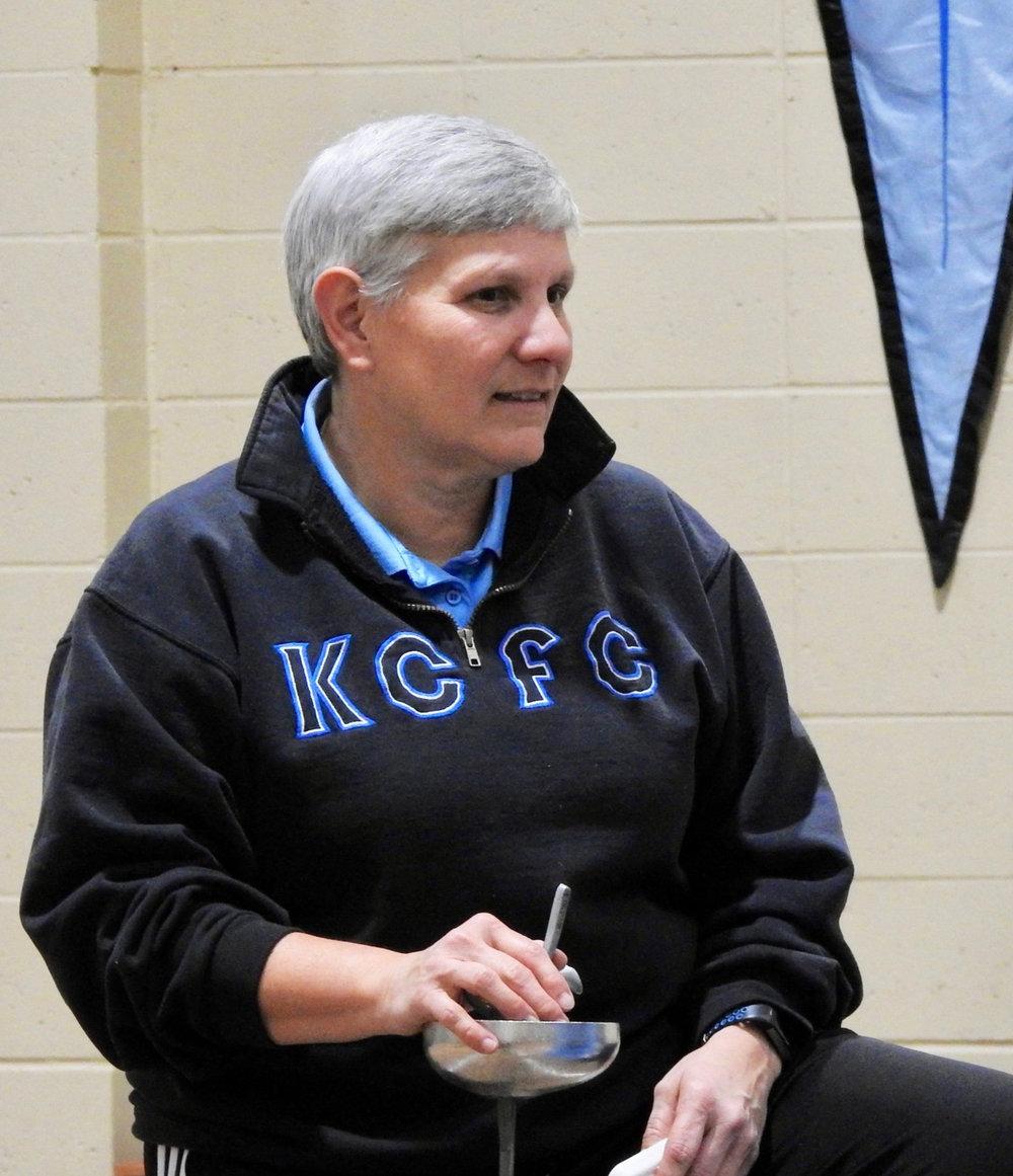 Coach Kelly Williams