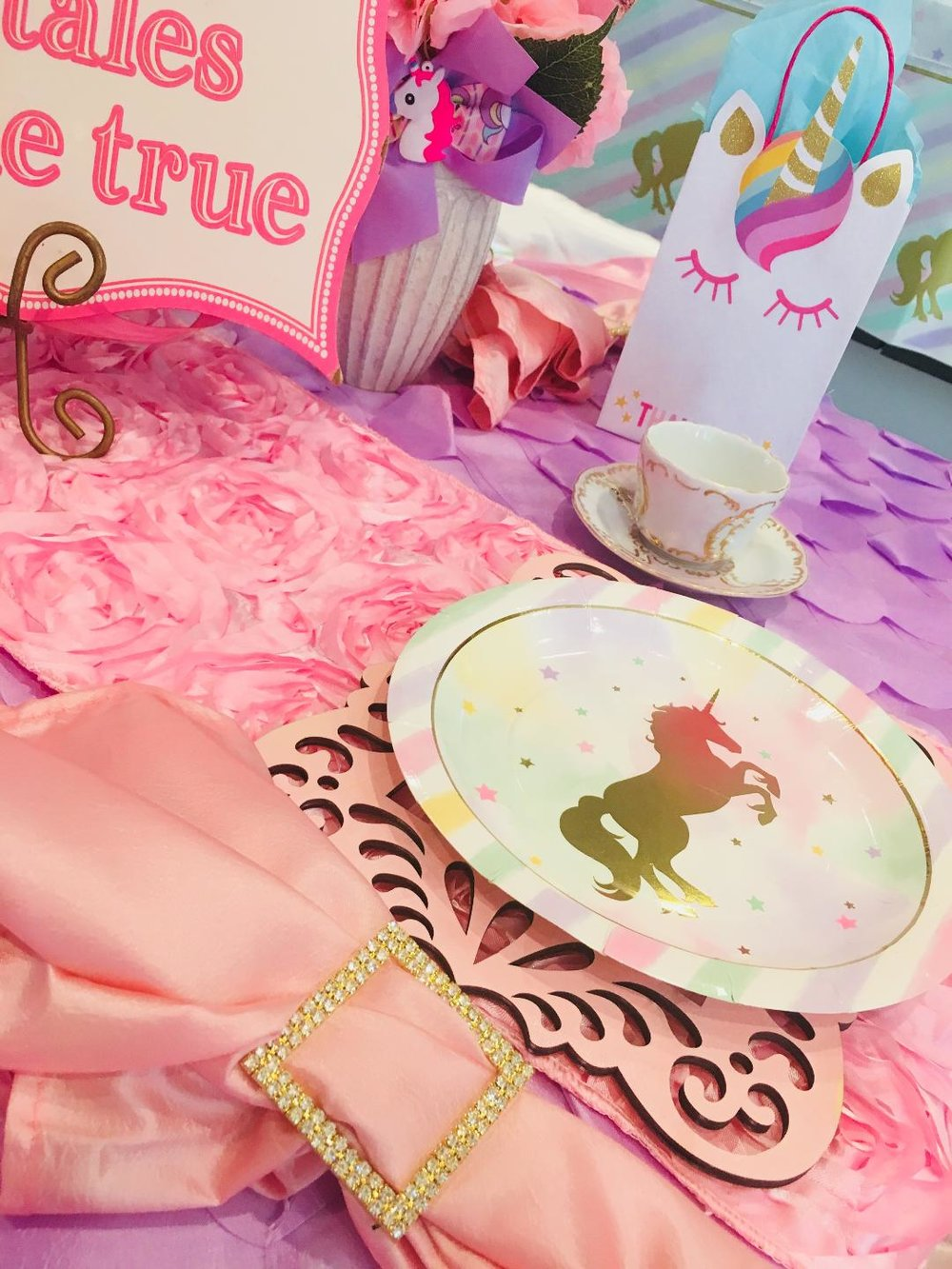 unicorn birthday tea party houston.jpg
