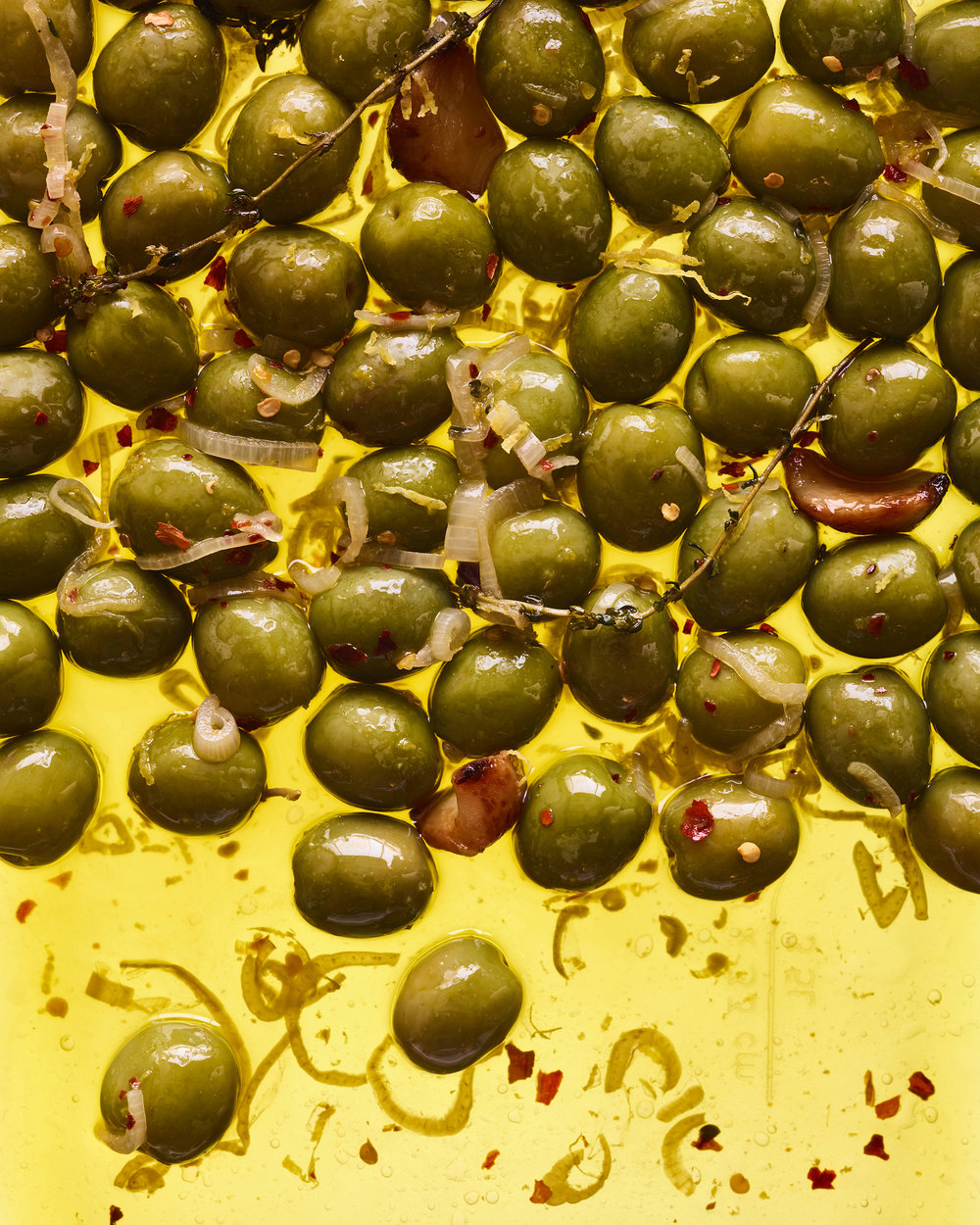 030817_WGCCB_MARINATED_OLIVES_V2_02_f.jpg