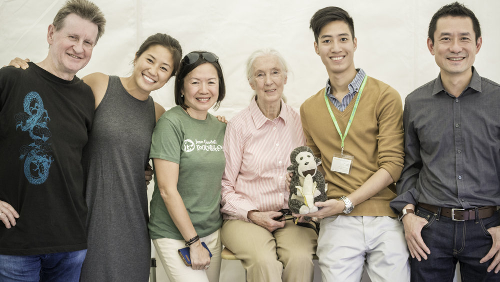 From left: Michael Neugebauer (M inedition Publishing ), Laurel Chor  (Producer for VICE News Tonight on HBO / National Geographic Explorer) , Rosana Ng  (Wildlife Conservation Advocate / Seed Grant Distributor) , Dr. Jane Goodall  (Renowned Primatologist / UN Messenger of Peace) , Alfie Chung and Ericson Chan  (CEO, Ping An Technology)