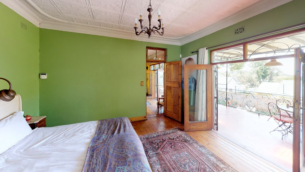 Melville Green bedroom.jpg