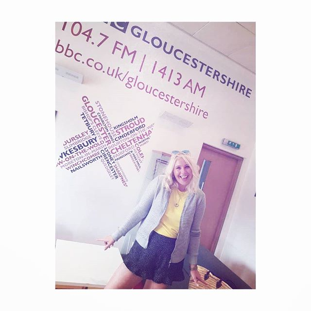 Absolutely loved chatting fashion with @nickyprice @BBCGlos about the do's & don'ts when it comes to wearing shorts 😁  ____________________________________________  Key styling tips on shorts:  The trick is to flatter your body shape & size. Wear with confidence, as it is all about balance & most importantly being comfortable!  Shorts follow the same principle as skirts, it's all about creating that silhouette. If you have short legs, wear short shorts as it will lengthen your legs & make you look taller. If you are tall wear knee-length shorts.  If your shorts are loose & baggy wear a tighter top, if your shorts are shorter & tighter, loosen up on the top!  Focus on longevity & versatility rather than what's currently on-trend, and most importantly, find a style that suits you, your shape & your lifestyle 👊👕👖👚 #stylisttips #dosanddontsofshorts #bbcglos #radio #fashionstylist #personalstyling #summerweather #stylist #lolaroylestyle #gloucestershire
