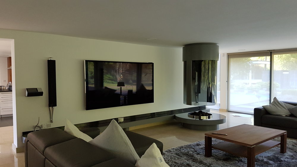 A Unique Experience - Whether you want to dedicate a room in your home to cinema or you want to utilise a space that will be of multipurpose use, Home Cinema can be tailored to many different forms.