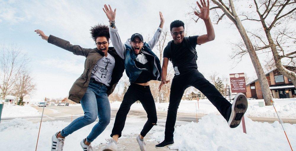 - Viac ako 10.000 mladých dospelých v 15 krajinách sa zapojilo do @ The Future Project