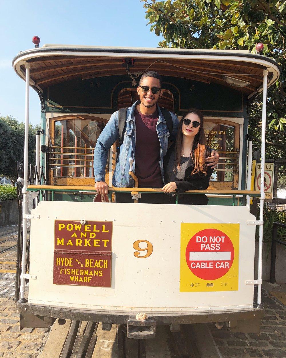 El trolley! Nos montamos un montón de veces. Anteojos oscuros: RayBan (  Jake's  ,  Mios  )