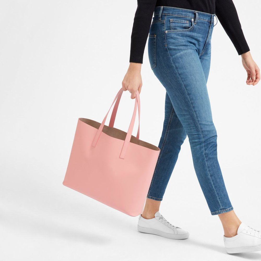 The cutest tote bag ever, and this rose color is absolutely gorgeous! It fits everything, great for travel as well.