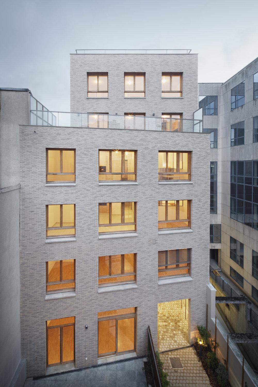 Reportage photo, 20 logements, Paris 20 - Reportage photo de Camille Gharbi des 20 logements rue Alphonse Penaud, Paris 20 pour Espacity, livré en mai 2018.