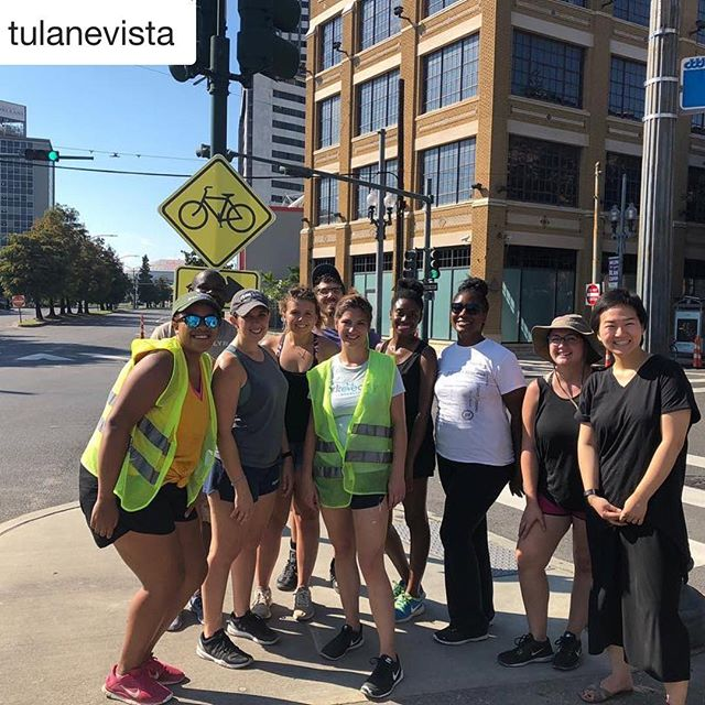 #Repost @tulanevista with @get_repost ・・・ This weekend we had a blast volunteering with @bikeeasy to help install demonstration bikeways for @connectthecrescent.