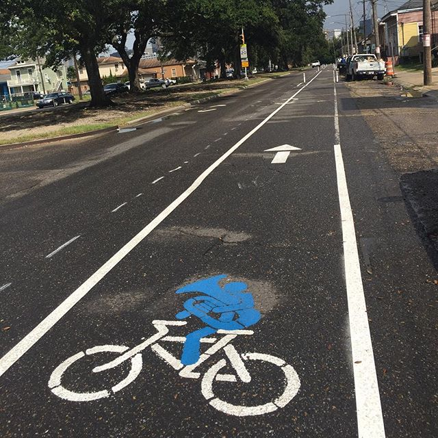 The fourth corridor of #connectthecrescent is in place in Central City! You can now ride from Simon Bolivar to Martin Luther King Jr. Blvd then connect to Oretha Castle Haley. Big thanks to all the volunteers for making this demonstration possible!