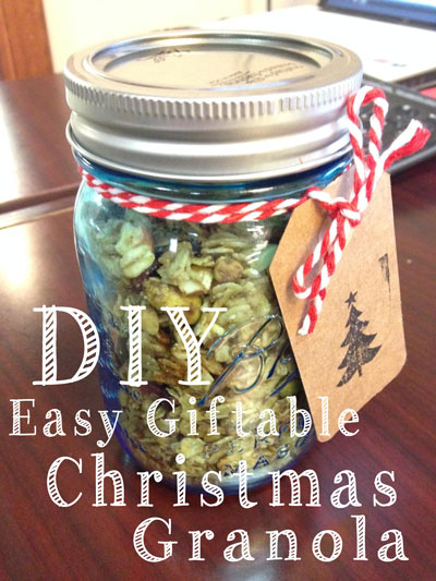 diy-easy-christmas-granola-in-a-jar