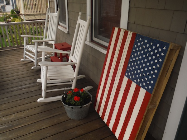 diy-american-flag-pallet-board