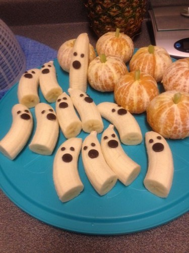 spooky-banana-ghosts-terrifying-tangerine-pumpkins