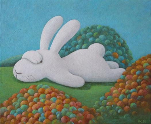 Oversized and bored in fall 秋陽下一隻超重又無聊的巨兔