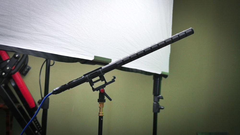 The trusty Sennheiser MKE 600.