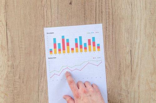 chart-data-desk-590011.jpg