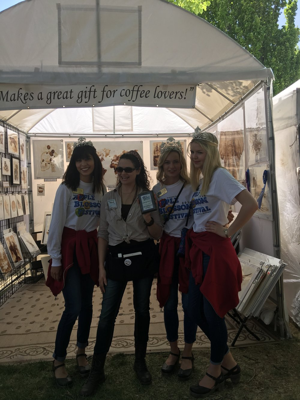 Festival Princesses presented me a second place award for my booth dispaly