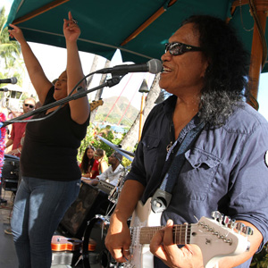 DUKES ON SUNDAY - TROPICAL BEACH PARTY CONCERT HENRY AND 3 PIECE BANDOver the past two decades Henry Kapono's