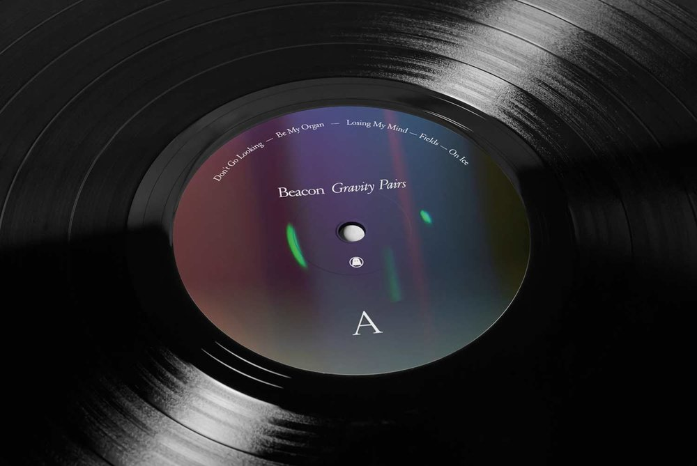 07_Vinyl-Mock-up_vinyl_pespective-view.jpg