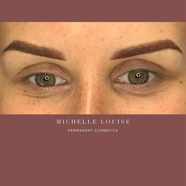 Lovely soft Ombre/powder brow 👏🏻😍🔥PLEASE NOTE THESE LOOK FULL ON AT FIRST, but will shrink and soften considerably when healed. For more info please visit 👇🏻 https://www.michellelouisepm.com/
