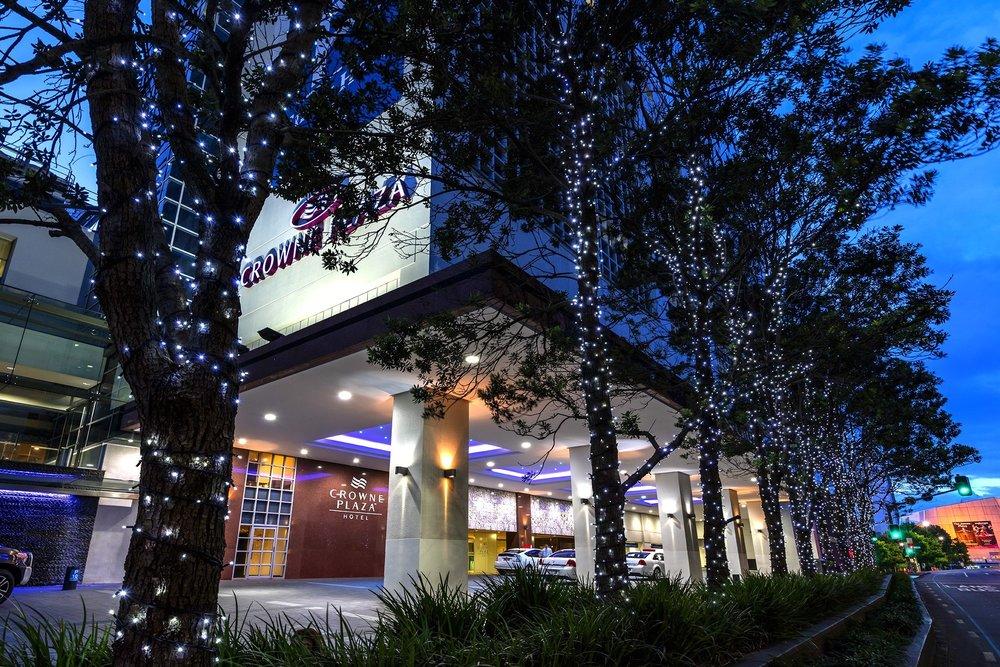 Crowne Plaza Auckland.jpg