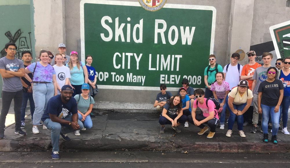 DOOR Network Volunteer Los Angeles LA Skid Row