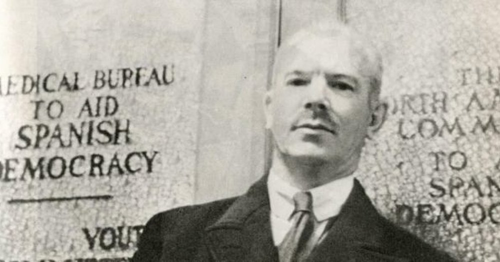 Picture taken of Dr. Norman Bethune promoting aid for the Spanish Civil War.