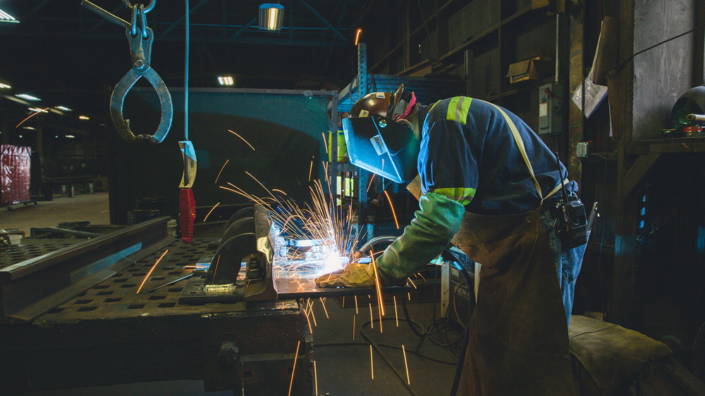 industrial-photography-header-welder-addy-birmingham-rail.jpg