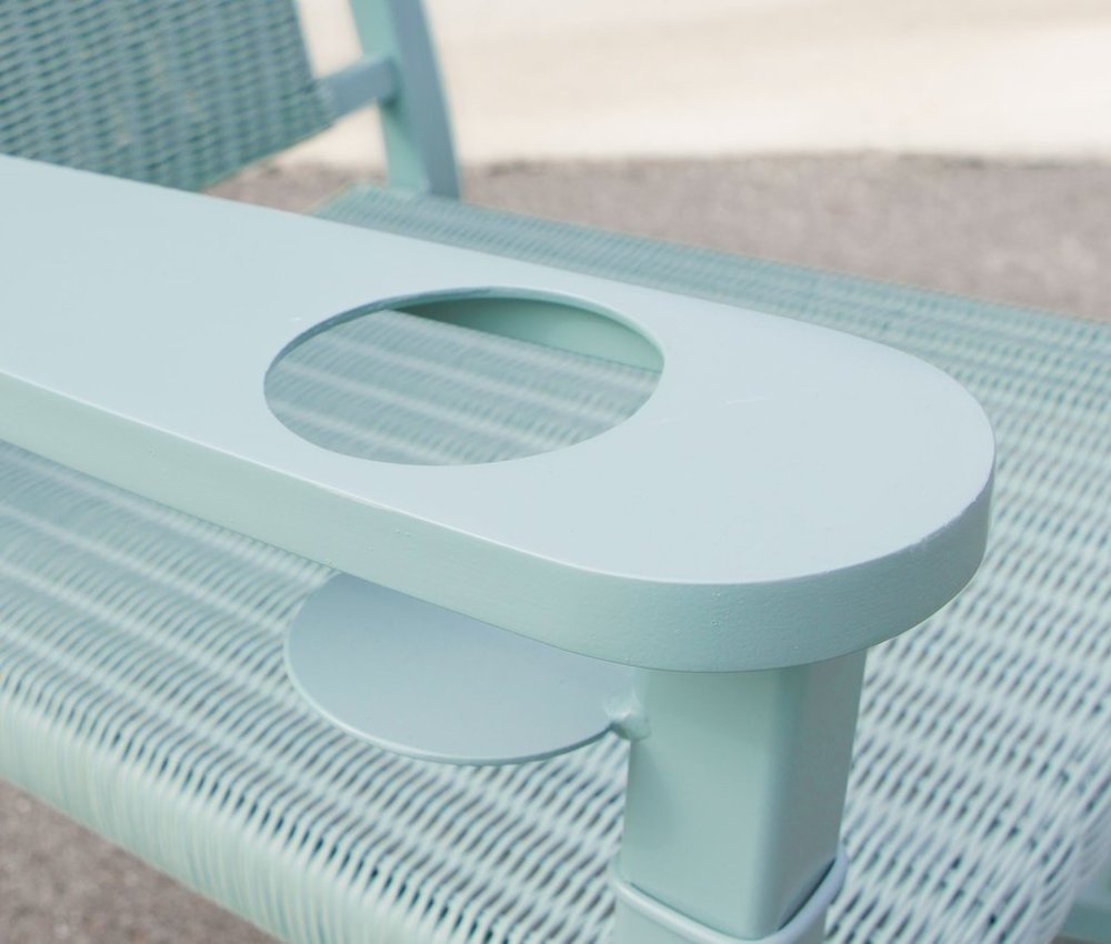 CountryLiving rocking chair cup holder