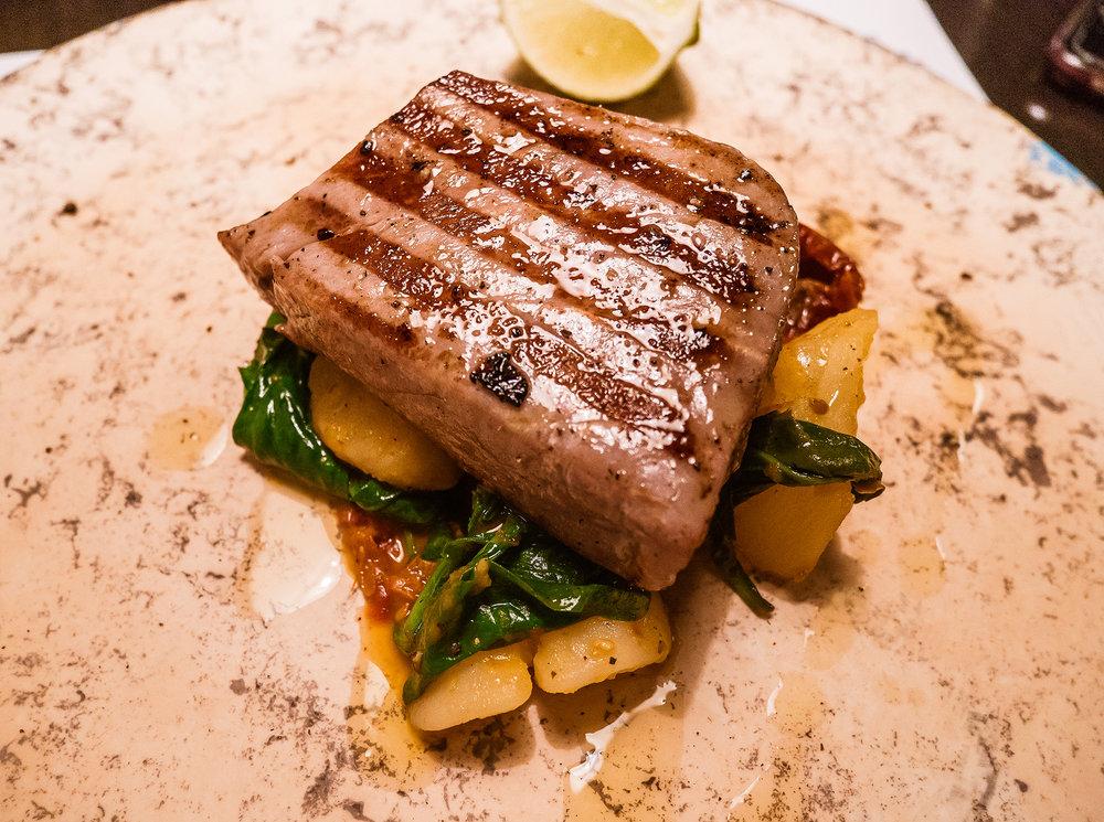 Tuna-steak at Pantarul