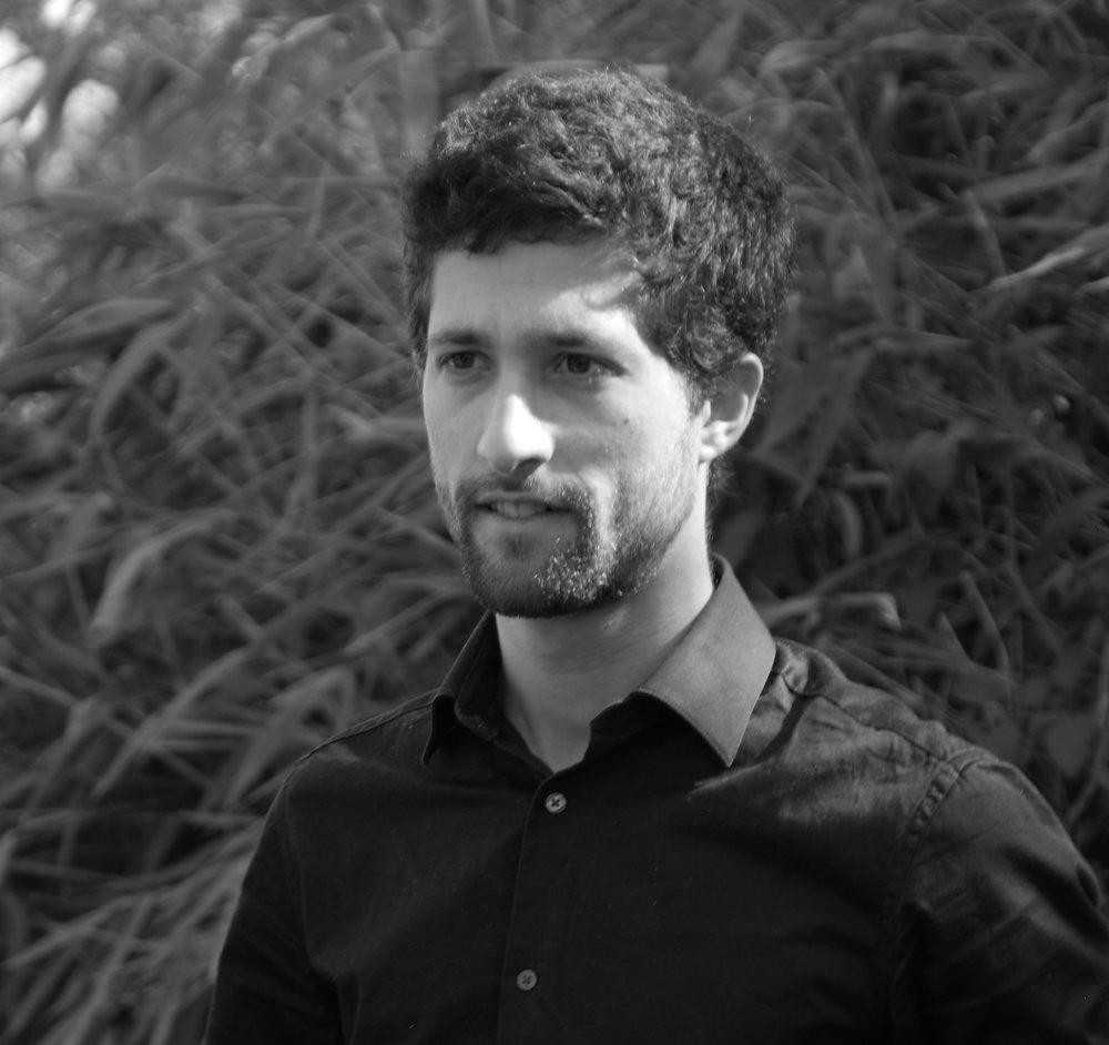 Benjamin Psaltopoulos, architecte Hmonp  / diplômé de l'école d'architecture de Lyon en 2012, chef de projet, suivi études et chantiers. Travaille à l'atelier RITZ depuis 2017.