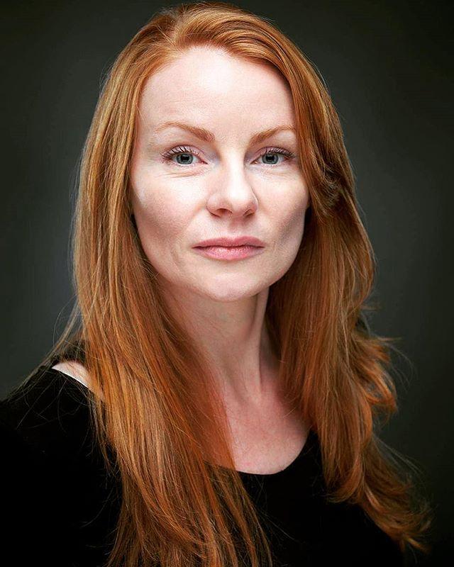 A C T O R . H E A D S H O T @reginavereker . . . #portrait #headshot #actor #actress #scotland #scottish #redhead #studio #studioportrait #studiophotography #actorheadshot #filmindustry #movie #unitstills #fuji #fujifilmuk #fujix #edinburgh #rokinon #85mm #1.4 #photographer
