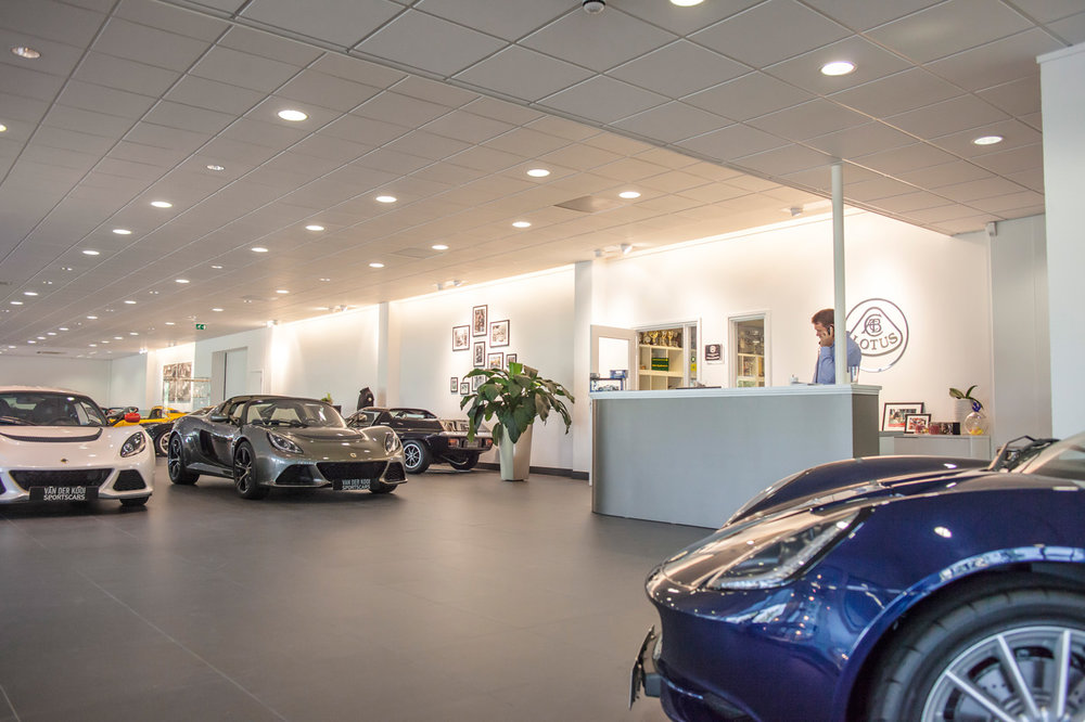 fotocoach-showroom-lotus-houten.jpg