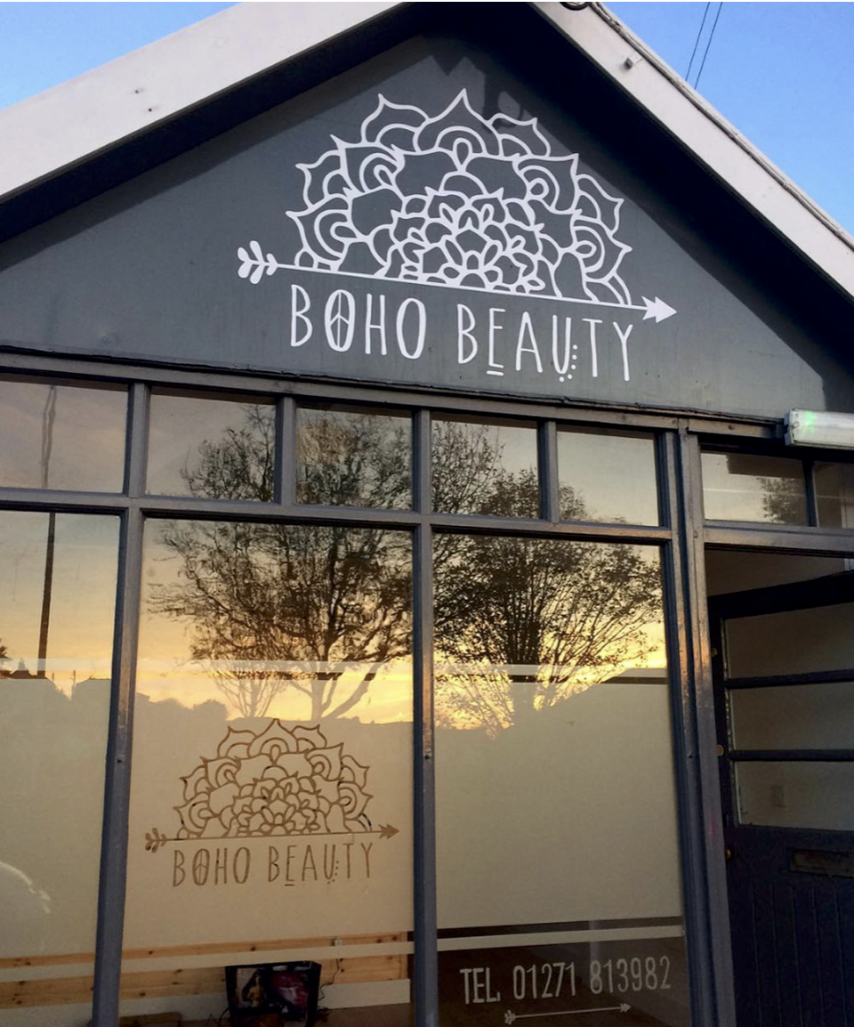 - B O H O B E A U T YYou can find my cards and notepads in the lovely Boho Beauty in Braunton - why not pop in and treat yourself to some pampering while you're there! Sarah's cute little salon is the perfect place to relax, enjoy a treatment or two and pick up some local crafts or jewellery while you're there.Chaloners Road, Braunton, EX33 2ES