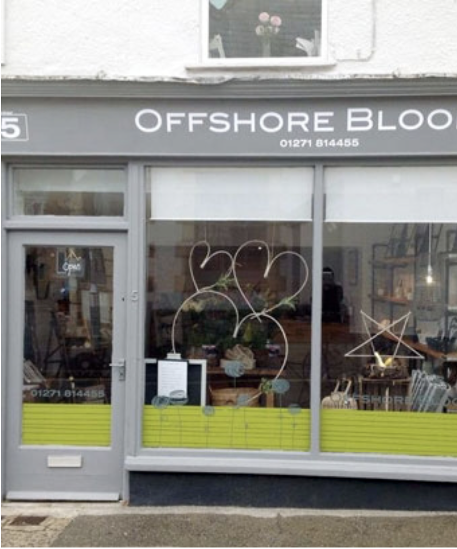 - O F F S H O R E B L O O M SYou can find my cards amongst beautiful homewares and flowers in Offshore Blooms in Braunton. Let Kelly put together a seasonal bouquet for you or your loved ones, while you browse the carefully selected unusual trinkets and interior pieces.Heanton Street, Braunton, EX33 2JS