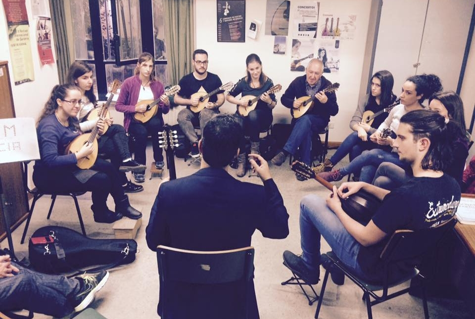 Group Master Classes - aimed at Groups of mandolin players who want to work with Jacob on their musical development. The goals of the group can be anything from learning new playing tips & exercises, tackling a new music piece or technique, to working on theoretical aspects of music transcription and building an orchestra.