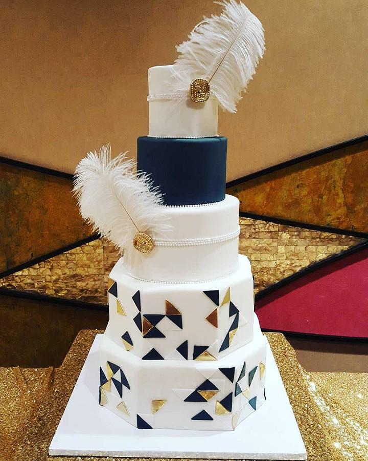 Peri's art deco cake.jpg