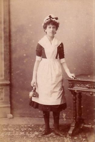 tweeny circa 1900.jpg