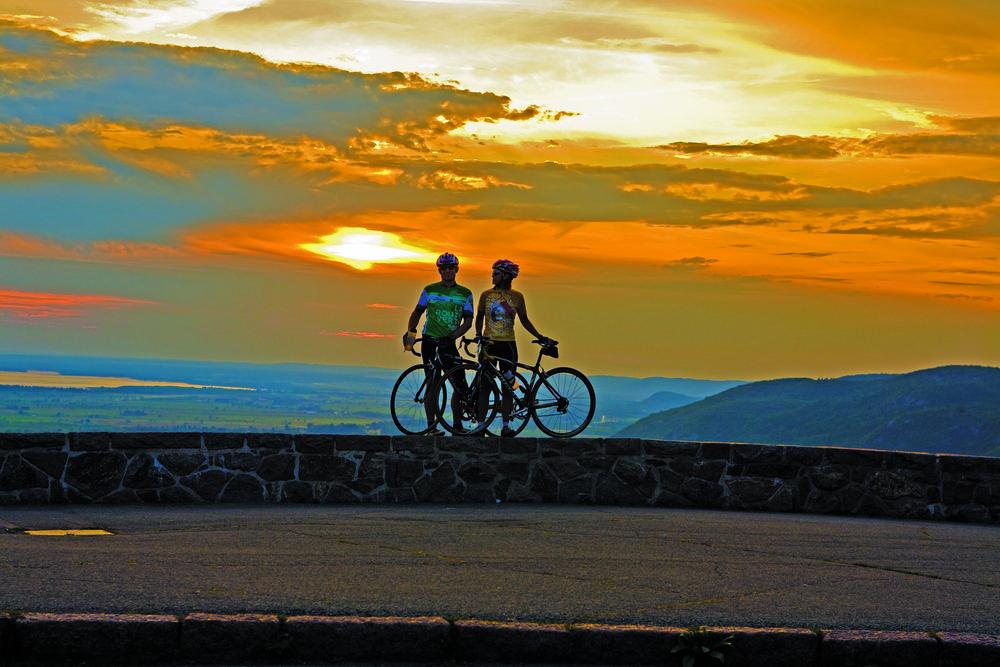 Campagne Vélo - (15 avril au 15 octobre 2018)Faire rayonner nos attraits au près des cyclotouristes.Marchés ciblesMarchés de proximités, Ontario, États-UnisObjectifsÉtablir la notoriétéPositionnement d'envergureGénérer l'intérêtMaximiser les retombéesRésultats1 millions de vues des vidéos2 870 commandes de cartes vélo via le site