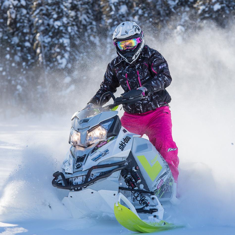 Motoneige - Tourisme Chaudière-Appalaches et fédération des clubs de motoneigistes du Québec