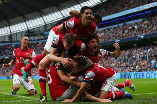 arsenal celebration.jpg