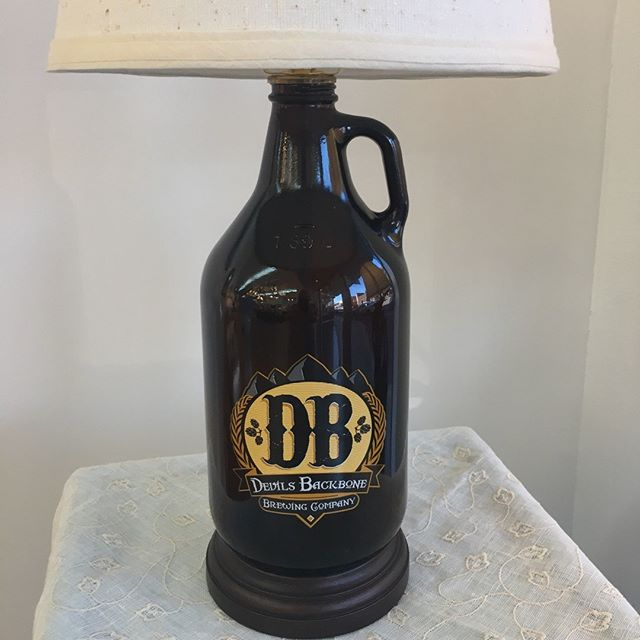 We've been waiting to share this one! A beer growler turned into a lamp. Bet this made someone smile this week!  #growler #devilsbackbone #customlamp #downtownlufkintx